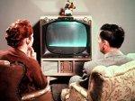 Мужчина силой заставил свою мать смотреть с ним фильмы