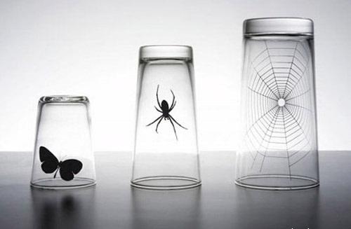 Умные и странные стаканы