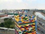 """В Бразилии построили 31-метровую башню из """"Лего"""""""
