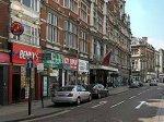 Зомби наводняют английские города