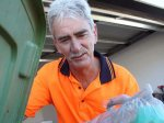 Австралиец выкинул в мусор драгоценности