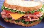 Двое грабителей украли у мальчика… бутерброд