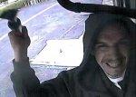 Преступник попался на камеру, которую хотел украсть