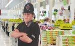 В Англии украли картонного полицейского