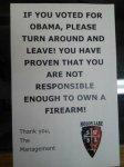 Владелец магазина оружия принял меры против «безответственных демократов»
