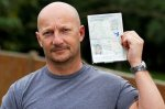 Британца пустили на самолёт с чужим паспортом