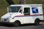 Почтальон собрал у себя 40 тысяч писем